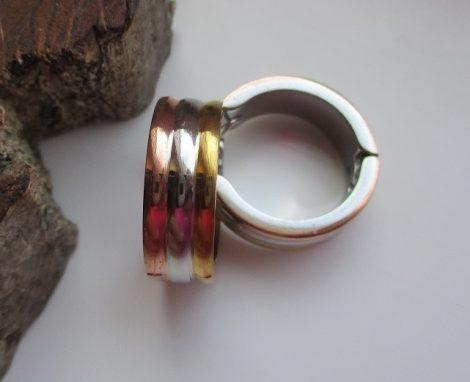 Háromszínű acél fülbevaló