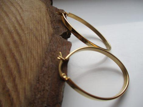 Ovális acél fülbevaló arany színben