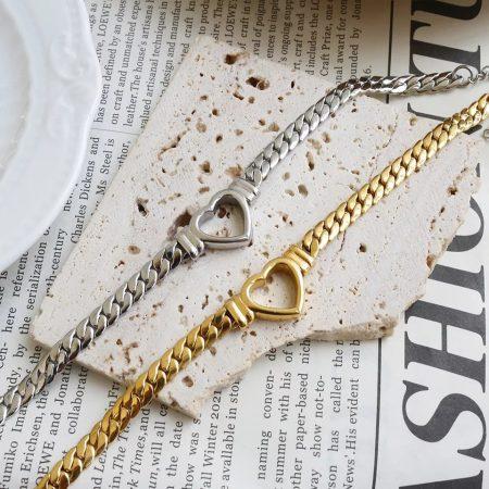 Különleges acél nyaklánc arany színben
