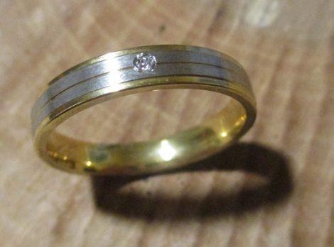 Elegáns nemesacél gyűrű
