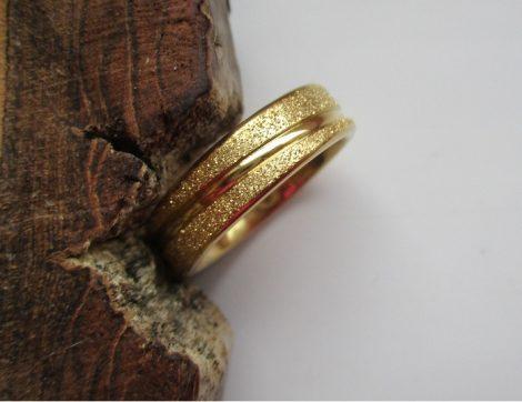 Csillámos acél gyűrű