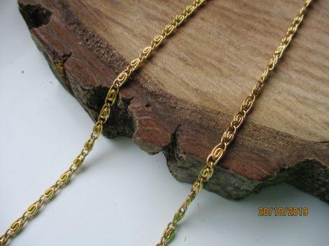 Csiga mintás nemesacél nyaklánc arany színben