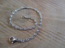 Csiga mintás nemesacél karkötő ezüst színben
