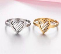 Állítható méretű acél gyűrű szív mintával