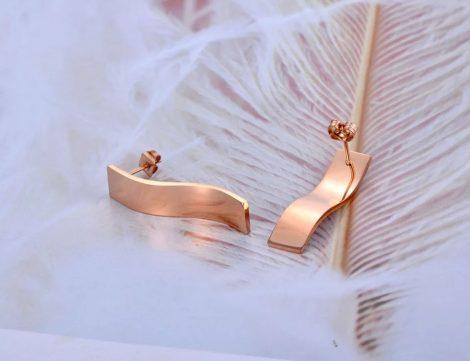 Nemesacél fülbevaló kristályberakással arany-ezüst színben