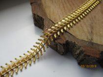Arany színű karkötő