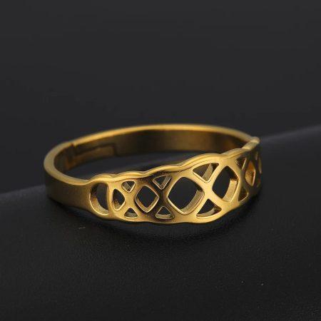 Állítható méretű acél gyűrű