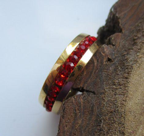 Piros köves nemesacél gyűrű