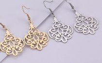 Acél fülbevaló íves mintával arany vagy ezüst színben