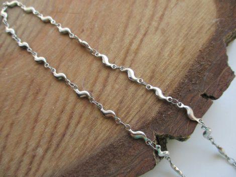 Hullám mintás acél nyaklánc ezüst színben