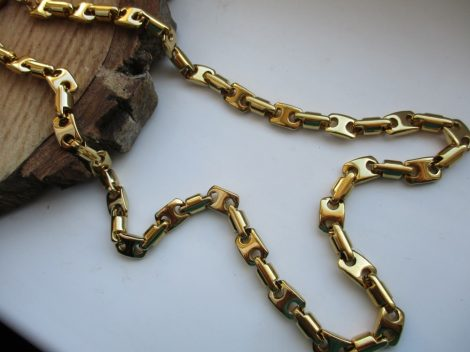 Acél barakka nyaklánc arany színben - extra hosszal