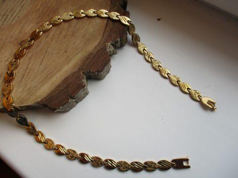 Nemesacél nyaklánc levél mintával arany színben