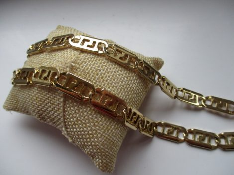 Lapos acél nyaklánc arany színben görög mintával