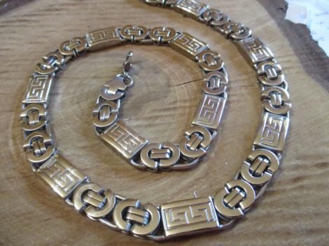 Görög mintás ezüst színű lapos nemesacél nyaklánc