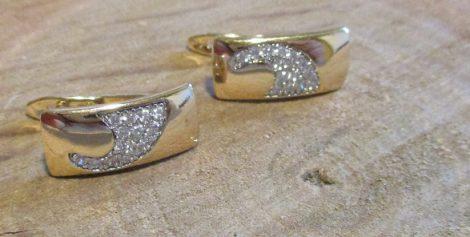 Arany színű fülbevaló kristályberakással