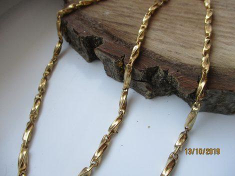 Arany színű csavart mintás nemesacél nyaklánc