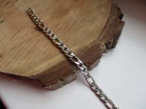 Ezüst színű nemesacél figaro karkötő