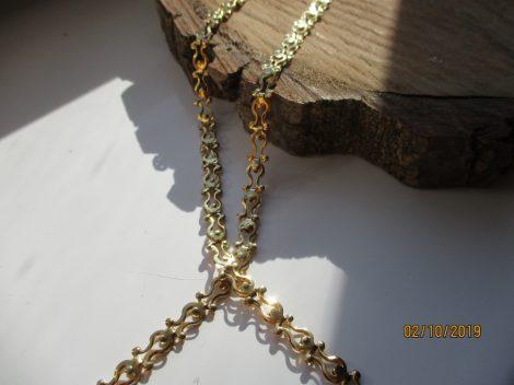 Tulipán mintás nemesacél karkötő arany színben