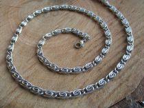 Csiga mintás nemesacél ékszerszett ezüst színben