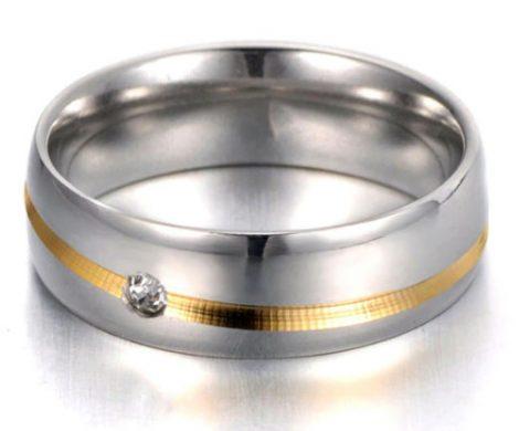 Nemesacél női gyűrű arany-ezüst színben, kristályberakással